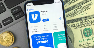 What to Know When Signing up for Venmo, Cash App, or Square